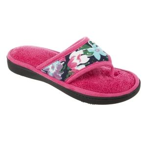 *NWT* Isotoner Slippers